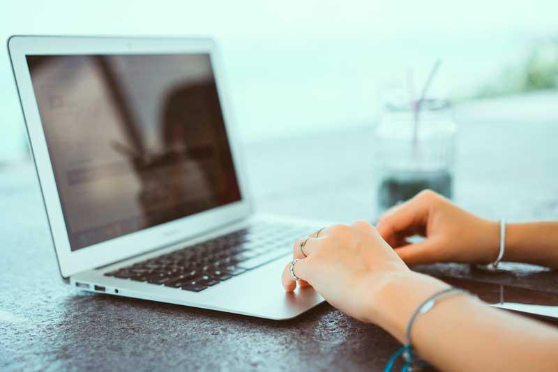 Formación online: compaginar estudios y trabajo